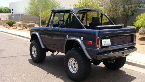 Gallery | Brad's 1975 Early Ford Bronco Project | DSC06205
